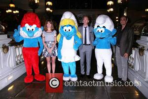 Jayma Mays, Neil Patrick Harris, Hank Azaria and Smurfs