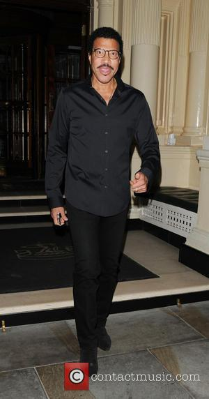 Lionel Richie - Lionel Richie leaving The Connaught hotel - london, United Kingdom - Sunday 14th July 2013