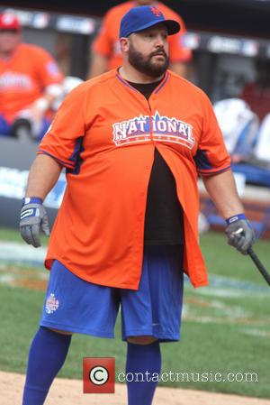 Kevin James - 2013 Taco Bell All-Star Legends and Celebrity Softball Game at Citi Field - New York City, United...