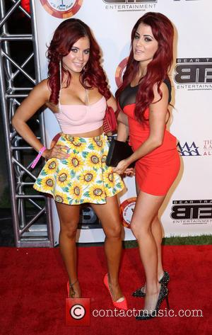 Carla Howe and Melissa Howe - ESPY All-Star Celebrity Kickoff Party at the Playboy Mansion - Arrivals - Los Angeles,...
