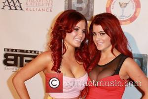 melissa howe and carla howe - ESPY All-Star Celebrity Kickoff Party at the Playboy Mansion - Arrivals - Los Angeles,...