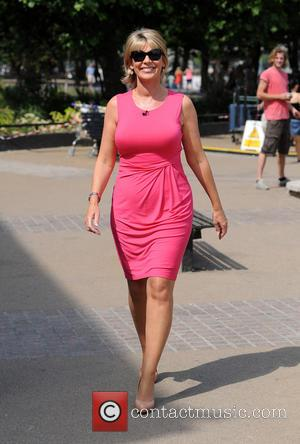 Ruth Langsford - Ruth Langsford and Eamonn Holmes filming on the South Bank - London, United Kingdom - Tuesday 16th...