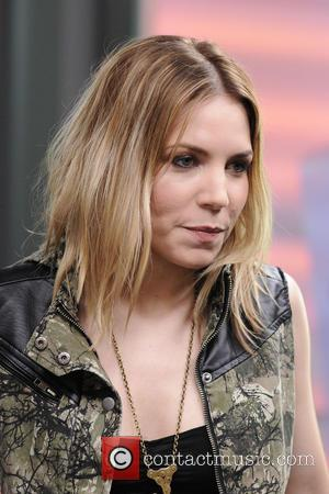 Skylar Grey and Holly Brook Hafermann - Skylar Grey appears on Much Music's NEW.MUSIC.LIVE promoting her latest album 'Don't Look...