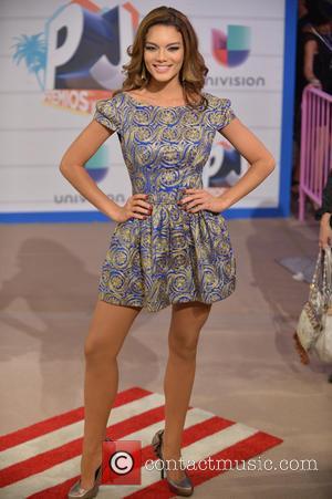 Zuleyka Rivera - Premios Juventud 2013 - Arrivals - Coral Gables, FL, United States - Thursday 18th July 2013