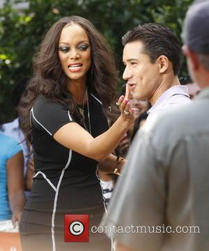 Tyra Banks and Mario Lopez