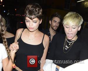 Miley Cyrus and Pixie Geldof