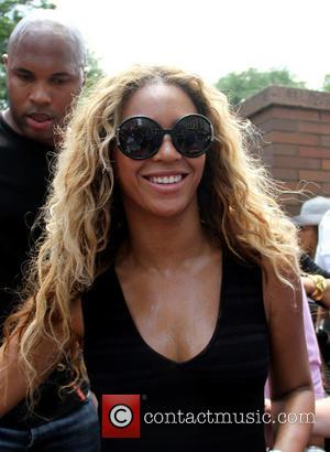 Beyonce Meets Boston Marathon Bombing Survivors At Show