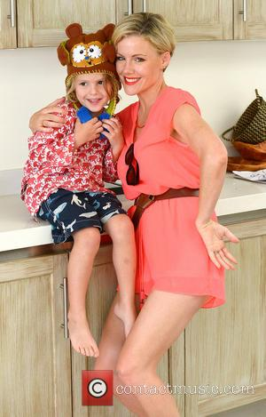 Kathleen Robertson - Minnie Driver and Kathleen Robertson attend a children's birthday party with their kids at The Revolve Beach...