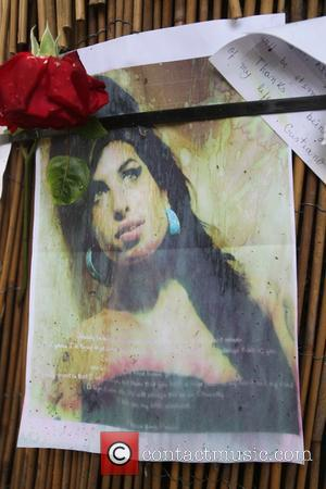 Amy Winehouse's Family Step In To Stop Lyrics Auction