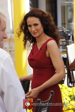 Andie MacDowell - Andie MacDowell appears as a guest on Extra at the Grove with Maria Menounos. - West Hollywood,...