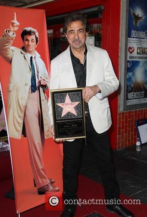 Joe Mantegna - The late Peter Falk is honoured with a star on the Hollywood Walk of Fame - Hollywood,...