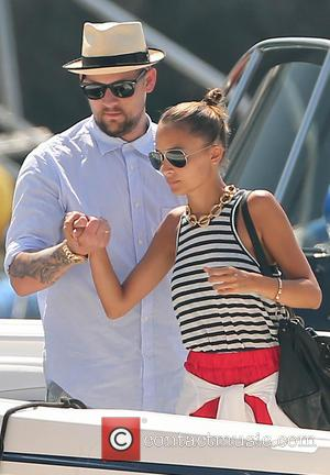 Joel Madden and Nicole Richie - Nicole Richie and Joel Madden take a boat ride with friends to visit The...