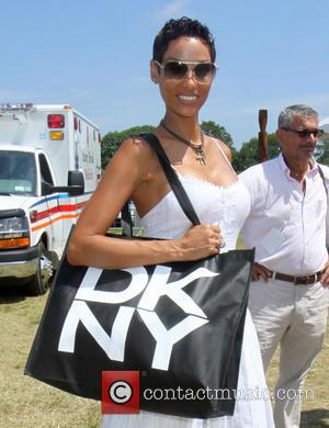 Nicole Murphy - The Ovarian Cancer Research Funds Super Saturday 16 at the world famous Garage Sale in Bridgehampton -...