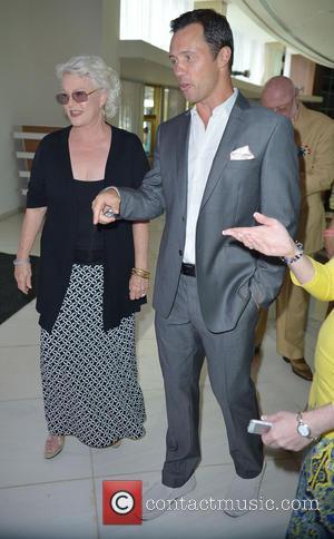 Sharon Gless and Jeffrey Donovan