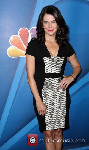 Original Gilmore Girls Producer Suing Over Netflix Revival