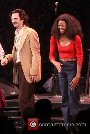 Frederick Weller and Renee Elise Goldsberry - Closing night curtain call for I'm Getting My Act Together And Taking It...
