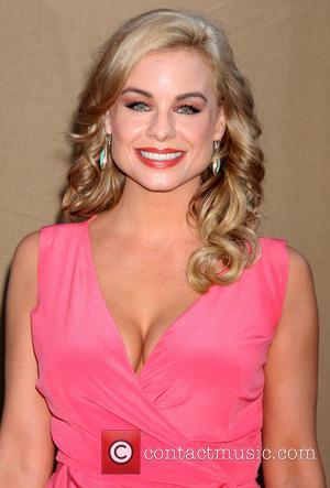 Jessica Collins - CW, CBS and Showtime's 2013 Summer TCA Party - Arrivals - Los Angeles, California, United States -...