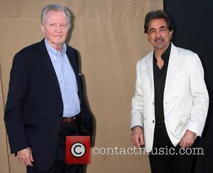 Jon Voight and Joe Mantegna