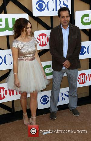 Rebecca Breeds and Tony Shalhoub