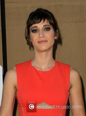 Lizzy Caplan - CW, CBS and Showtime 2013 Summer TCA Party - Arrivals - Beverly Hills, California, United States -...