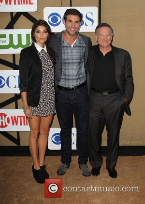 Amanda Setton, James Wolk and Robin Williams