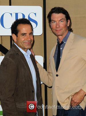 Tony Shalhoub and Jerry O'connell
