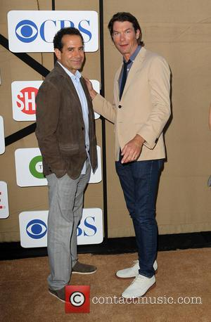Tony Shalhoub and Jerry O'Connell - CW, CBS and Showtime 2013 Summer TCA Party - Arrivals - Beverly Hills, California,...