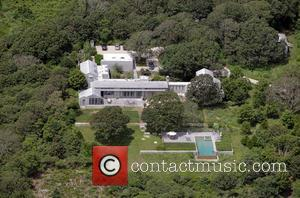 US President Barack Obama has rented this vacation home on Martha's Vineyard for a ten day vacation.  The home...