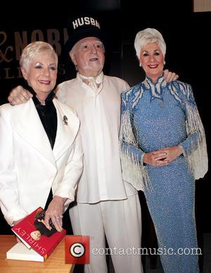 Shirley Jones Pictures Photo Gallery Contactmusic Com