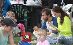 Ione Skye, Ben Lee and Goldie Priya Lee - Actress Ione Skye and Musician Husband Ben Lee take daughter Goldie...