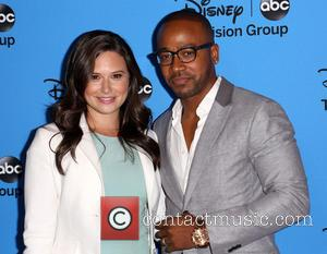 Columbus Short and Katie Lowes