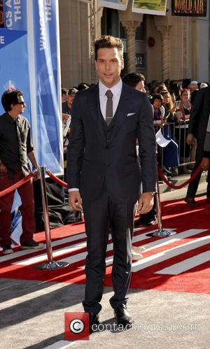 Dane Cook - Los Angeles premiere of Disney's 'Planes' held at the El Capitan Theatre - Los Angeles, CA, United...