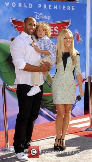 Hank Baskett, Kendra Wilkinson and Hank Baskett IV - Los Angeles premiere of Disney's 'Planes' held at the El Capitan...