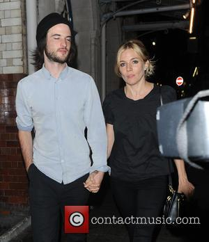 Sienna Miller and Tom Sturridge - Sienna Miller and Husband Tom Sturridge dine out at J Shiekey's Restaurant In Covert...