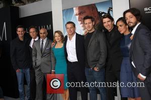 Simon Kinberg, William Fichtner, Faran Tahir, Jodie Foster, Matt Damon, Neill Blomkamp, Sharlto Copley, Alice Braga and Diego