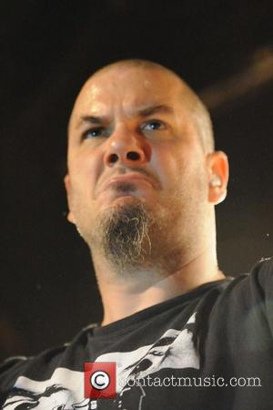 Vinnie Paul Blasts Anselmo Over Dimebag Comments