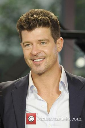 Robin Thicke, The Morning
