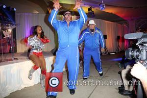 Cameron, Naomi, Big Show and Mark Henry
