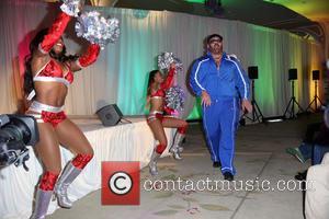 Cameron, Naomi and Big Show