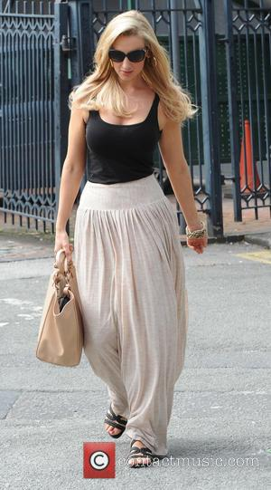 Catherine Tyldesley - Catherine Tyldesley leaves the 'Coronation Street' set - Manchester, United Kingdom - Wednesday 14th August 2013