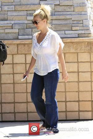 britney spears - britney spears was pictured shopping rugs at the local store in calabasas - Calabasas, CA, United States...