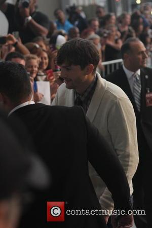 Ashton Kutcher - Arrivals for the JOBS Movie Premiere in Downtown, Los Angeles. - Los Angeles, CA, United States -...