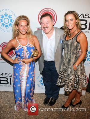 Dina Manzo, James Van Praagh and Michelle