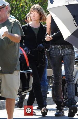 Mia Wasikowska - Robert Pattinson and Mia Warsikowska on the set of their new film 'Maps to the Stars' -...