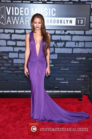 Melanie Iglesias - 2013 MTV Music Awards held at the Barclays Center - Arrivals - New York, NY, United States...