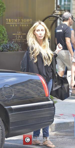 Tish Cyrus - Tish Cyrus seen leaving Barneys New York in Manhattan. - Manhattan, NY, United States - Tuesday 27th...