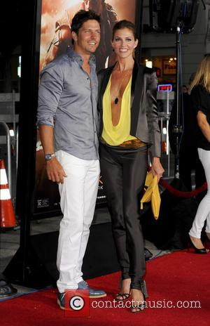 Michael Trucco and Tricia Helfer