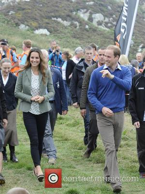 Prince William Stops Club Brawl