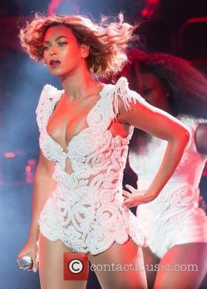 Beyonce Closes First Day Of Jay Z's Festival