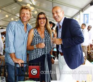 Jon Bon Jovi - Grand Prix Sunday at the 2013 Hampton Classic - Bridgehampton, NY, United States - Sunday 1st...